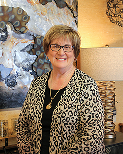 LISA BECKER: Interior Designer